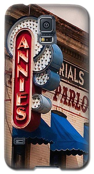 Annies U Of M Galaxy S5 Case by Susan Stone
