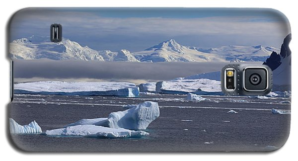 Galaxy S5 Case featuring the photograph Antarctic Peninsula by Andrei Fried