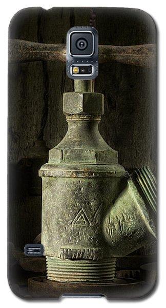 Antique Brass T Valve Galaxy S5 Case