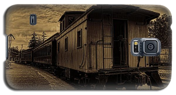 Antique Iron Range Caboose Galaxy S5 Case