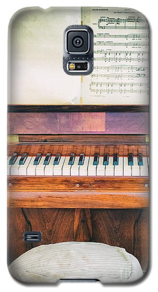 Galaxy S5 Case featuring the photograph Antique Piano And Music Sheet by Silvia Ganora