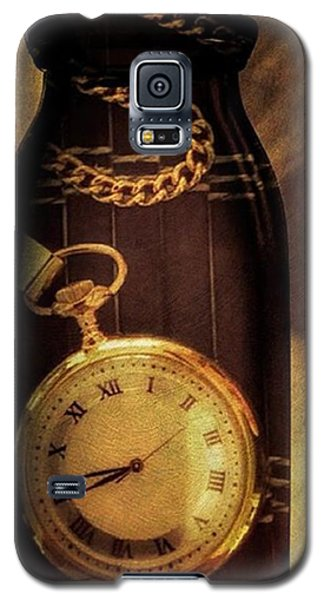 Antique Pocket Watch In A Bottle Galaxy S5 Case by Susan Candelario
