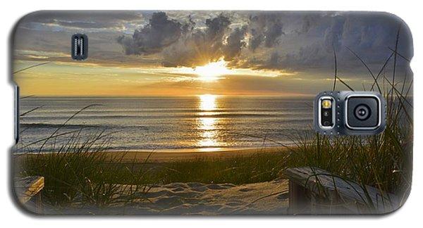 April Sunrise In Nags Head Galaxy S5 Case