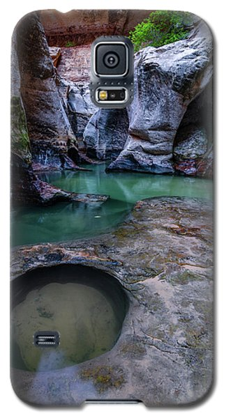 Galaxy S5 Case featuring the photograph Aquamarine  by Dustin LeFevre