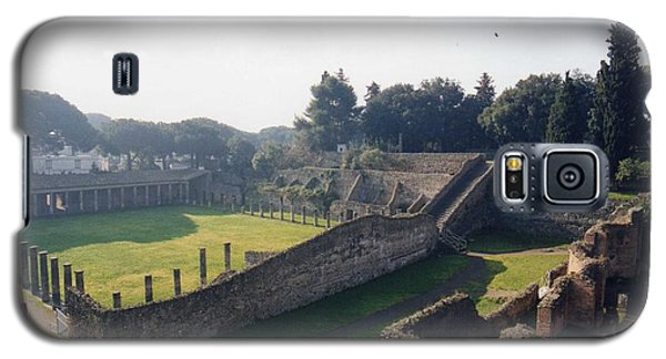 Galaxy S5 Case featuring the photograph Arcaded Court Of The Gladiators Pompeii by Marna Edwards Flavell