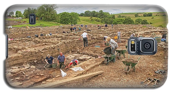 Archaeologists At Work At Roman Vindolanda Galaxy S5 Case