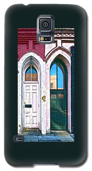 050 - Door One And Door Too Galaxy S5 Case