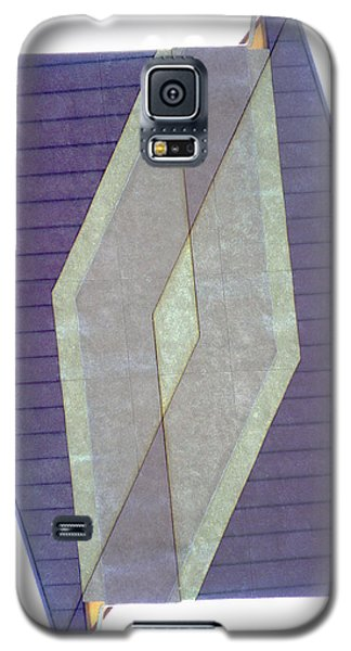 Galaxy S5 Case featuring the photograph Architecture 20 - Diamonds And Rust by Lenore Senior