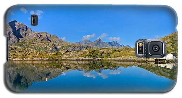 Galaxy S5 Case featuring the photograph Arctic Reflections by Maciej Markiewicz