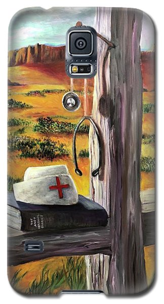 Galaxy S5 Case featuring the painting Arizona The Nurse And Hope by Randol Burns