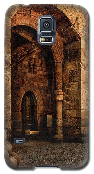 Galaxy S5 Case featuring the photograph Rhodes, Greece - Armed Gate by Mark Forte