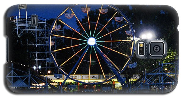 Arnolds Park At Night Galaxy S5 Case