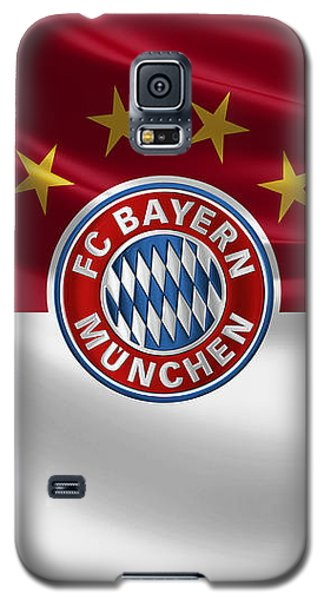 F C Bayern Munich - 3 D Badge Over Flag Galaxy S5 Case by Serge Averbukh