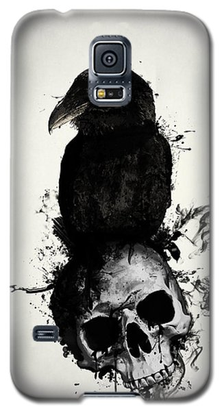 Raven Galaxy S5 Case - Raven And Skull by Nicklas Gustafsson