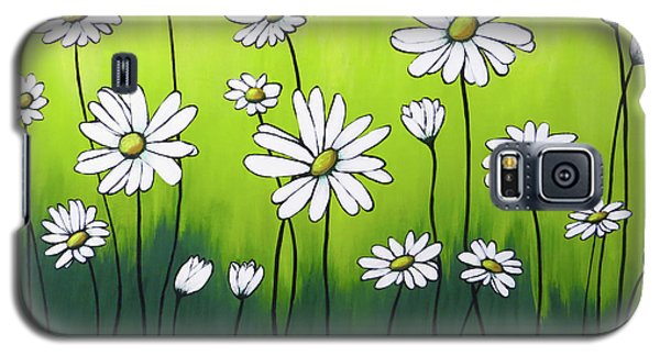 Galaxy S5 Case featuring the painting Daisy Crazy by Teresa Wing