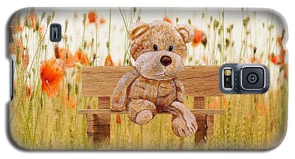 Cuddly In The Garden Galaxy S5 Case