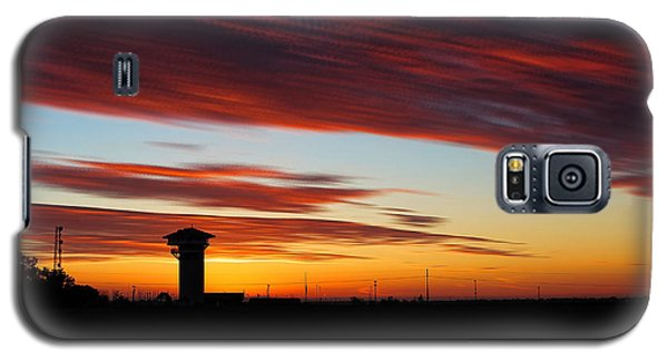 Galaxy S5 Case featuring the photograph Sunrise Over Golden Spike Tower by Bill Kesler