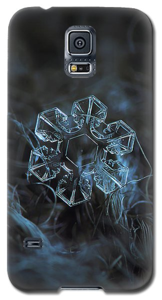 Snowflake Photo - The Core Galaxy S5 Case by Alexey Kljatov