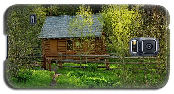 Galaxy S5 Case featuring the photograph Aspen Cabin by Leland D Howard