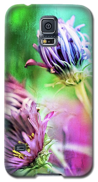 Asters Gone Wild 2 Galaxy S5 Case