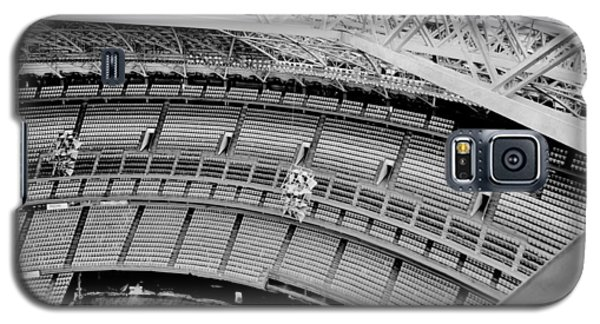 Galaxy S5 Case featuring the photograph Astrodome 10 by Benjamin Yeager