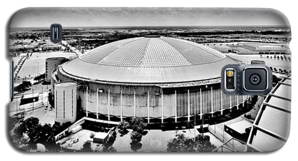 Galaxy S5 Case featuring the photograph Astrodome 5 by Benjamin Yeager