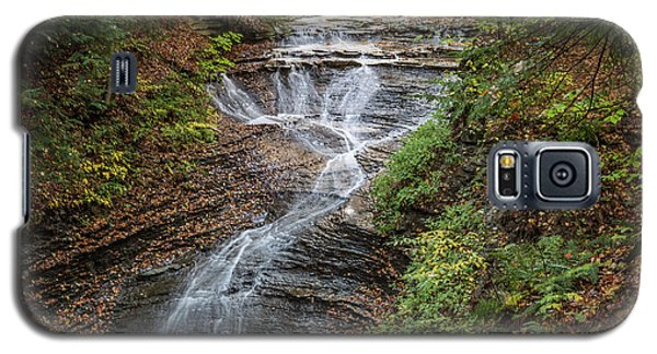 Galaxy S5 Case featuring the photograph At Bridal Veil Falls by Dale Kincaid