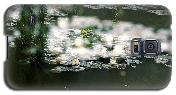 At Claude Monet's Water Garden 5 Galaxy S5 Case by Dubi Roman