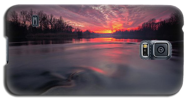 Galaxy S5 Case featuring the photograph At End Of The Day by Davorin Mance