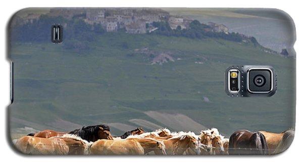 Castelluccio Di Norcia, Parko Nazionale Dei Monti Sibillini, Italy Galaxy S5 Case