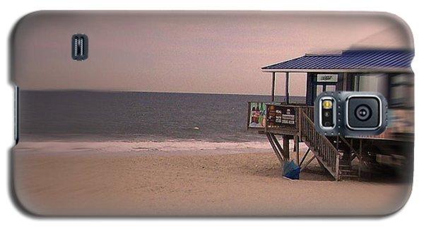 At The Beach Galaxy S5 Case