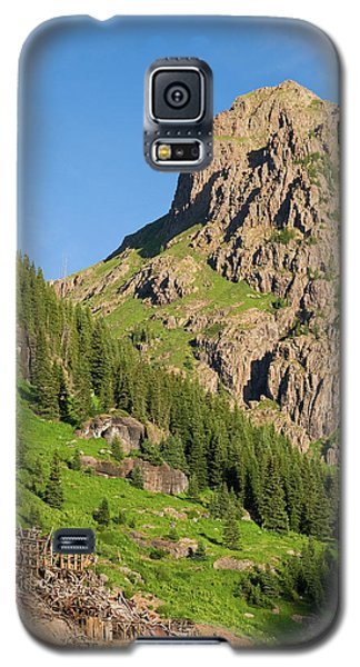 Galaxy S5 Case featuring the photograph Atlas Mine by Steve Stuller
