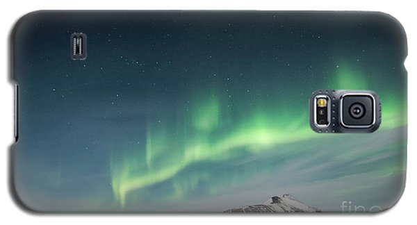 Galaxy S5 Case featuring the photograph Aurora Borealis Over Iceland by Sandra Bronstein