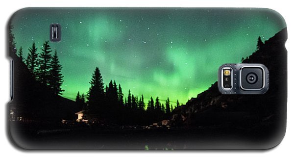 Aurora On Moraine Lake Galaxy S5 Case