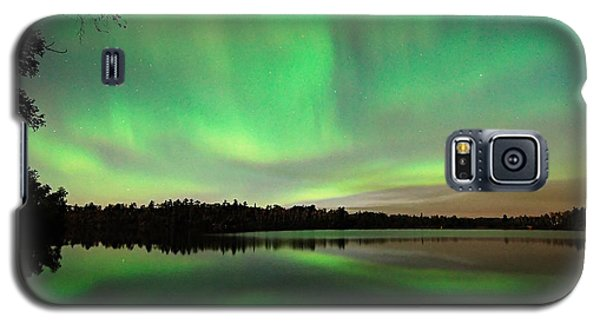 Aurora Over Tofte Lake Galaxy S5 Case