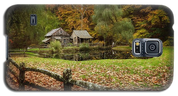 Autumn At Cuttalossa Farm V Galaxy S5 Case