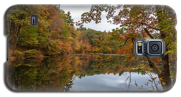 Autumn At Hillside Pond Galaxy S5 Case