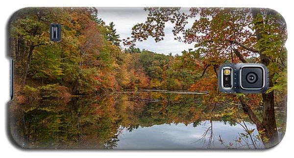 Autumn At Hillside Pond Galaxy S5 Case