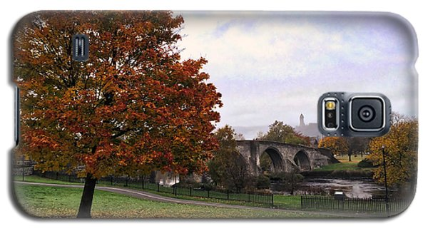 Galaxy S5 Case featuring the photograph Autumn At Stirling Bridge by RKAB Works