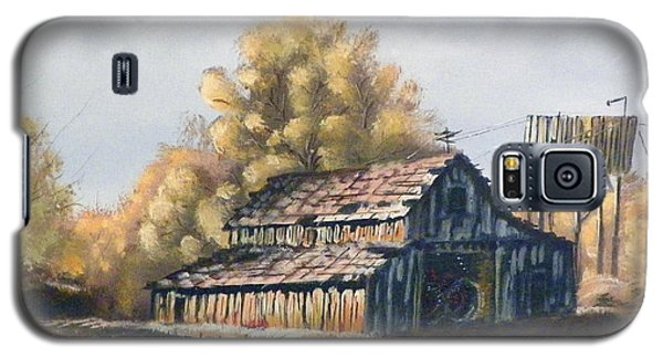 Galaxy S5 Case featuring the painting Autumn Barnyard by Sherril Porter