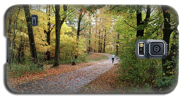 Galaxy S5 Case featuring the photograph Autumn Bicycling by Felipe Adan Lerma