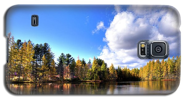 Galaxy S5 Case featuring the photograph Autumn Calm At Woodcraft Camp by David Patterson