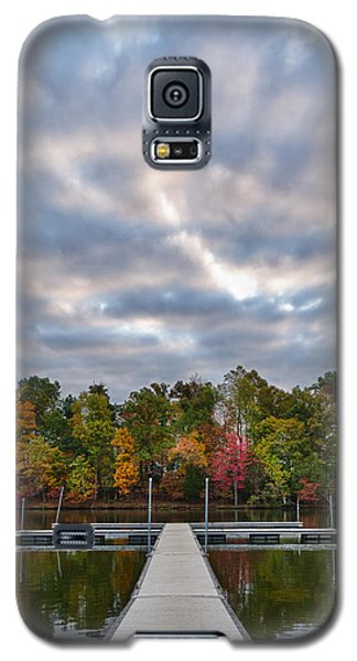 Autumn Colors At The Lake Galaxy S5 Case
