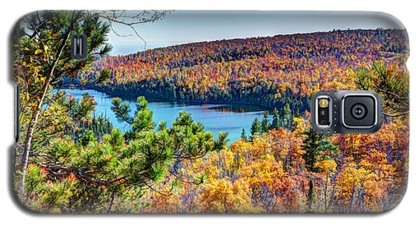 Autumn Colors Overlooking Lax Lake Tettegouche State Park II Galaxy S5 Case