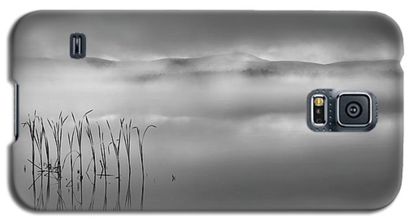 Galaxy S5 Case featuring the photograph Autumn Fog Black And White by Bill Wakeley