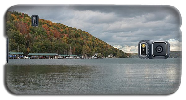Galaxy S5 Case featuring the photograph Autumn In Hammondsport by Joshua House