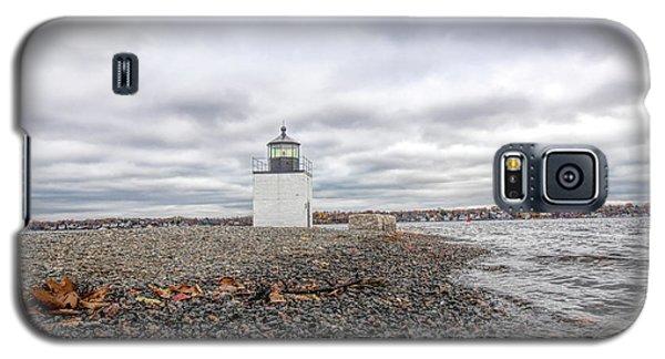 Autumn Leaves On Salem Harbor Galaxy S5 Case