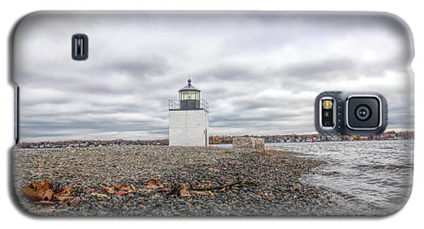 Autumn Leaves On Salem Harbor Galaxy S5 Case