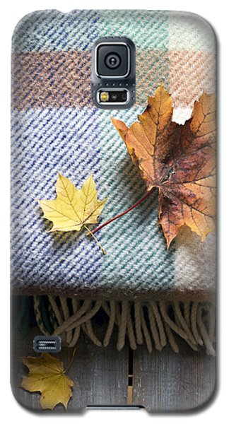 Autumn Leaves On Wool Plaid Blanket Galaxy S5 Case