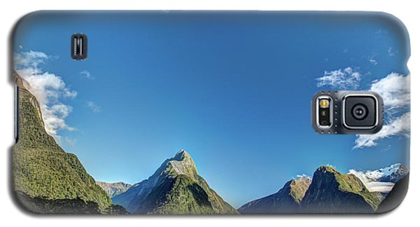Galaxy S5 Case featuring the photograph Autumn Morning Milford Sound by Gary Eason